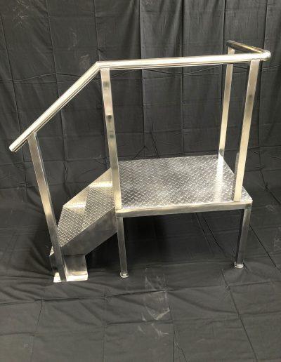 polissage manuel - traitement surface métaux - stm24